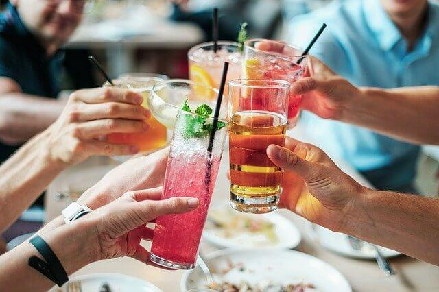 10 Favorable Benefits Of Drinking Alcohol