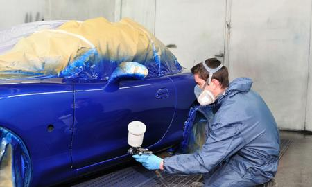 An Effective Method for Car Spray Painting and Required Precautions